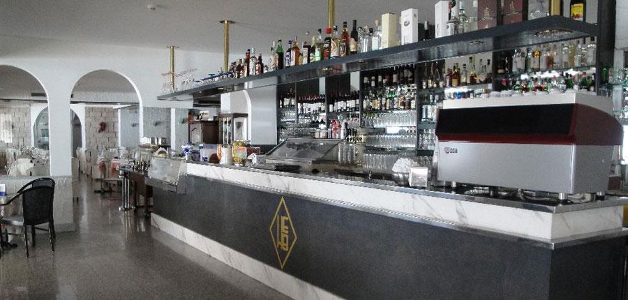 Excelsior Bay Hotel, Malcesine, Lake Garda, Italy - Bar.jpg